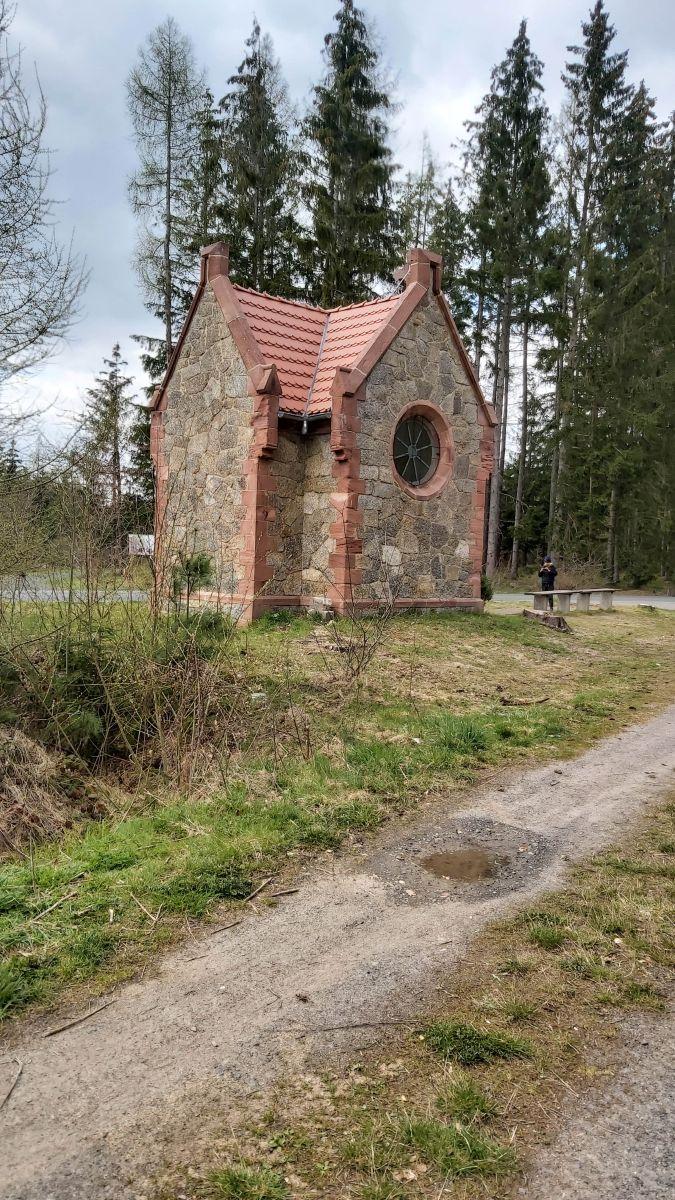 kapliczka2