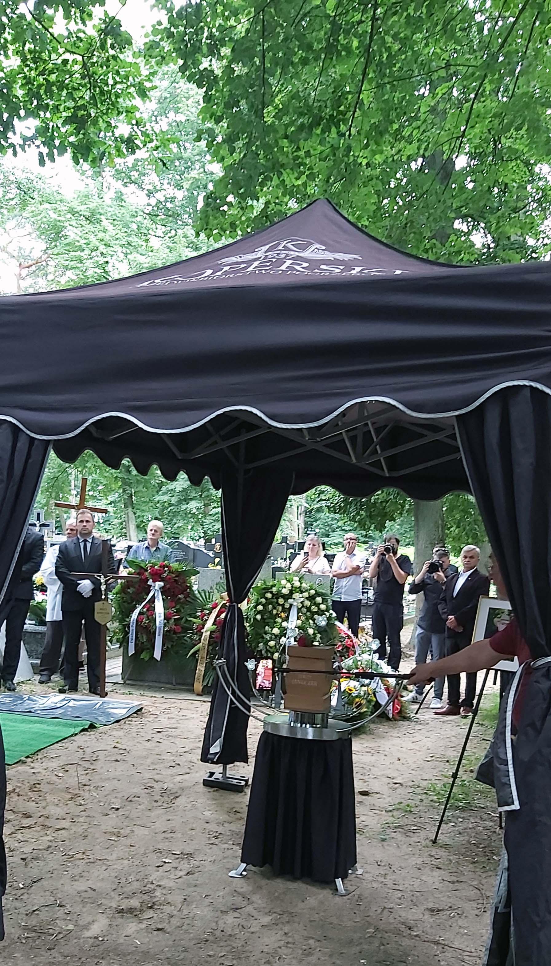 cmentarz2
